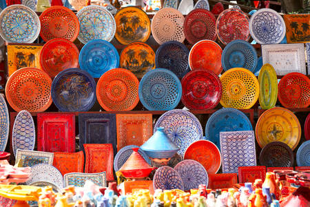 Earthenware market