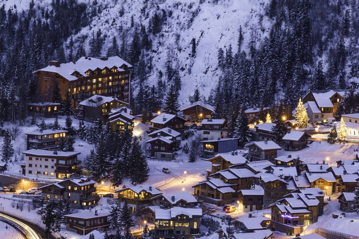 Courchevel at night