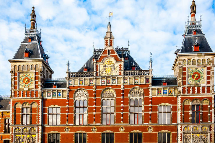 Amsterdam Central Station architecture