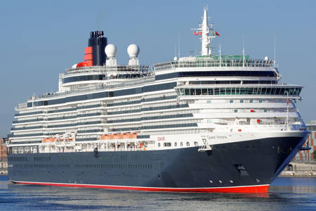 Cruise ship Queen Victoria