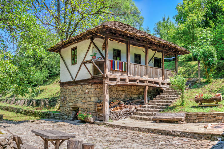 Traditional house in Etar village