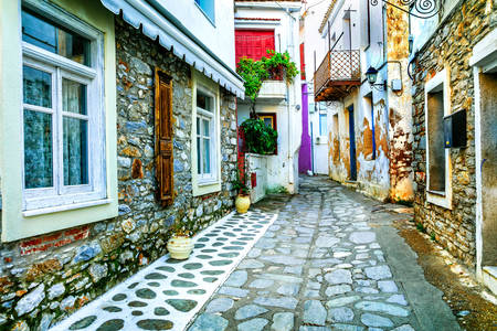 The ancient streets of Skiathos