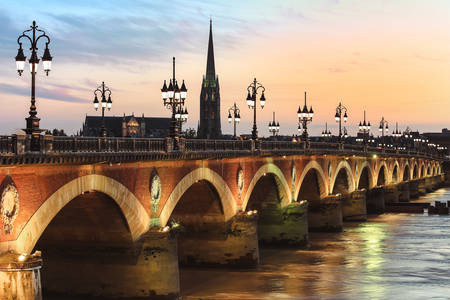 Pont de Pierre bridge at sunset