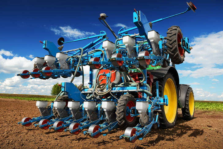 Agricultural machinery for planting and harvesting vegetables