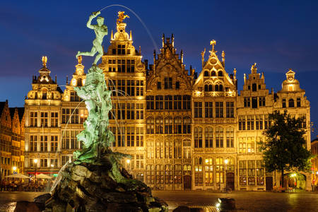 Grote Markt with the Brabo fountain